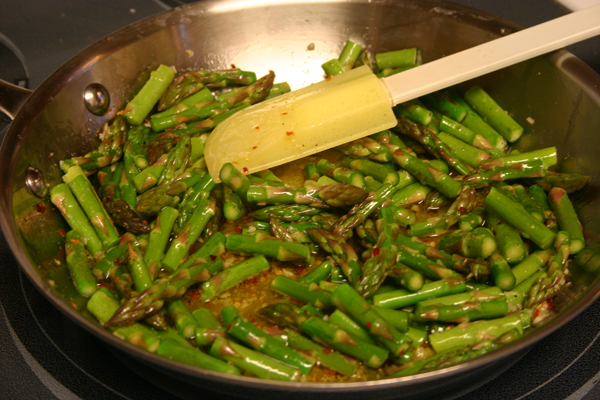 Dinah's Dishes – Meatless Monday: Pasta with Asparagus